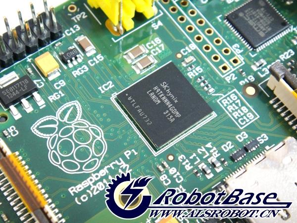 Raspberry Pi是一款基于Linux系统的个人电脑,配备一枚700MHz的处理器,512内存,支持SD卡和Ethernet,拥有两个USB接口,以及 HDMI和RCA输出支持。有消息称,虽然Raspberry Pi看起来非常的迷你只有一张信用卡大小,但是它能够运行像《雷神之锤三:竞技场》这样的游戏和进行1080p视频的播放。硬件基础是 ARM,操作系统采用开源的 Linux 系统,自带的 Iceweasel、KOffice 等软件能够满足基本的网络浏览,文字处理以及计算机学习的需要。通知:哈尔滨